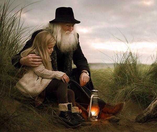Рисунок 4 – Мудрый старик рассказывает девочке о добродетели