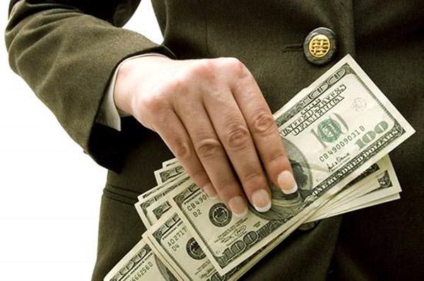 Главный интерес меркантилиста - деньги