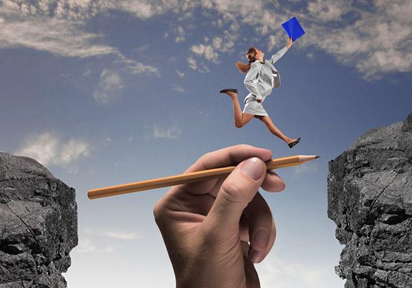 женщина движется к цели